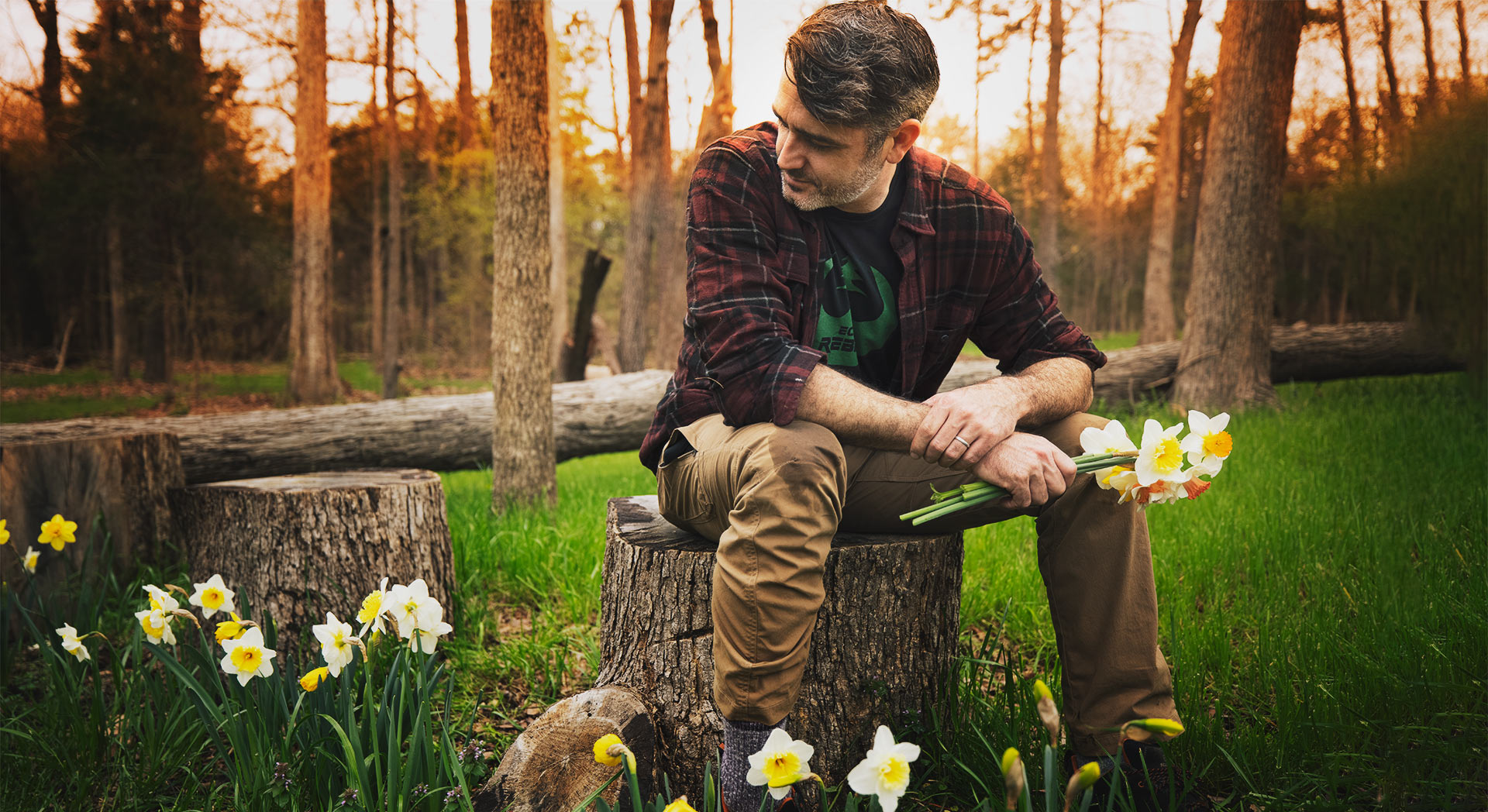 Rob Nelson with Daffodils
